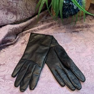 Fownes Cashmere Lined Black Leather Gloves
